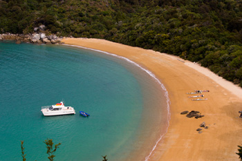 Cruise the Abel Tasman coastline aboard AbelTasmanCharters.co.nz
